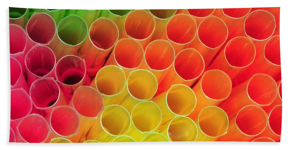 Straws Beach Towel featuring the photograph Straws In Color by Paul Ward