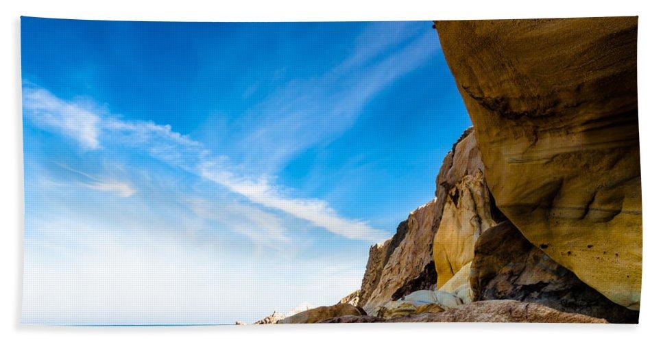 Gold Beach Towel featuring the photograph Sun On The Beach by Edgar Laureano