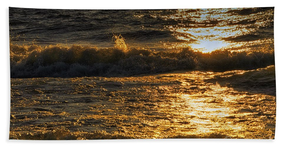 Lake Michigan Beach Towel featuring the photograph Sundown On The Waves by Thomas Woolworth