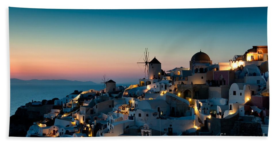 Aegean Beach Towel featuring the photograph Sunset At Oia by Kim Pin Tan