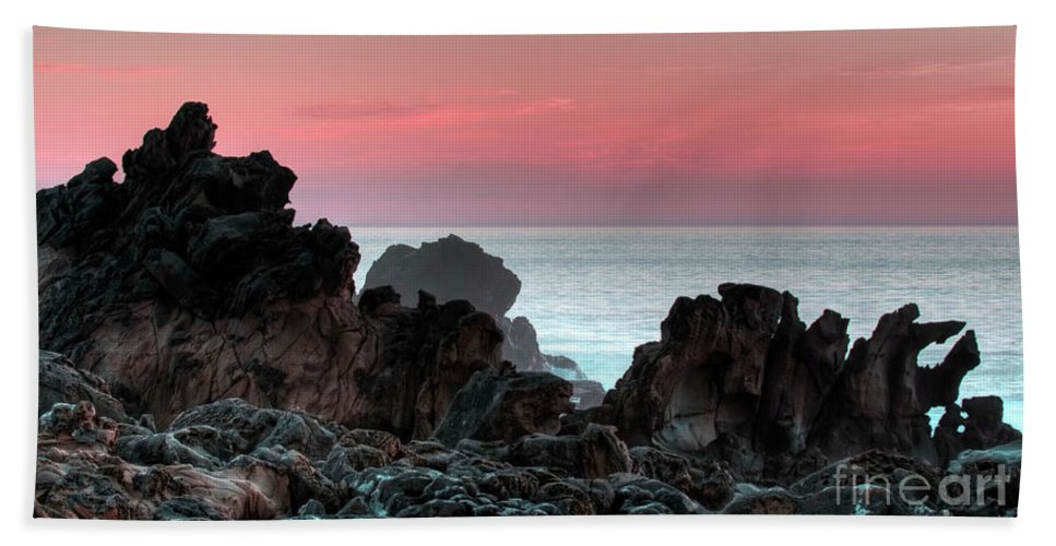 Sunset Beach Towel featuring the photograph Sunset At Salt Point by Bob Christopher