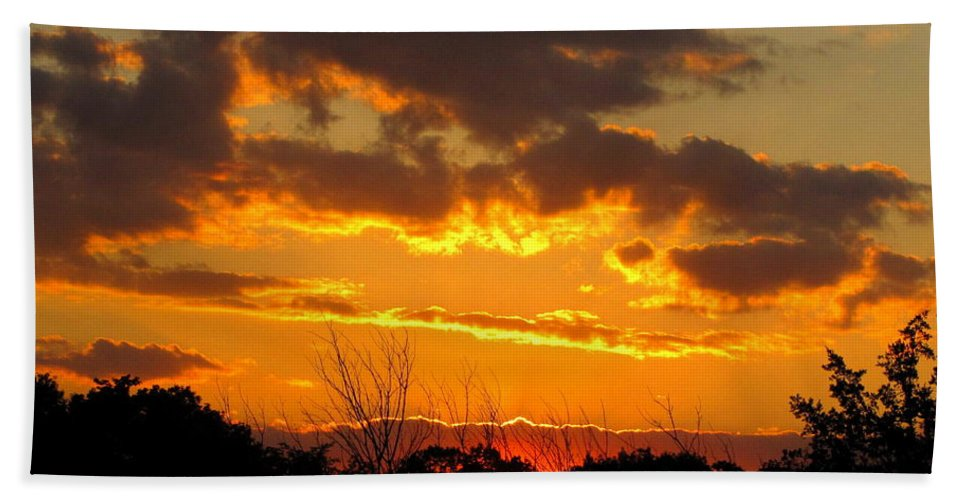 Sunset Beach Towel featuring the photograph Sunset Glow by Marilyn Smith