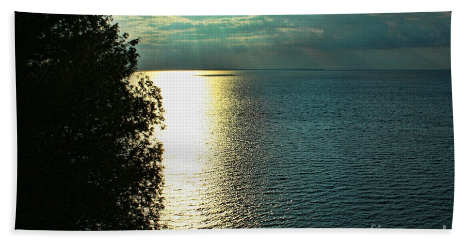 Sunset Beach Towel featuring the photograph Sunset On The Bay Of Green Bay Wi by Tommy Anderson