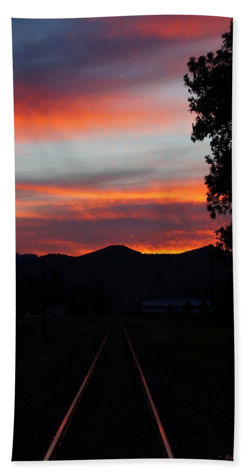 Sunset Beach Towel featuring the photograph Sunset Rail In The Rogue Valley by Mick Anderson