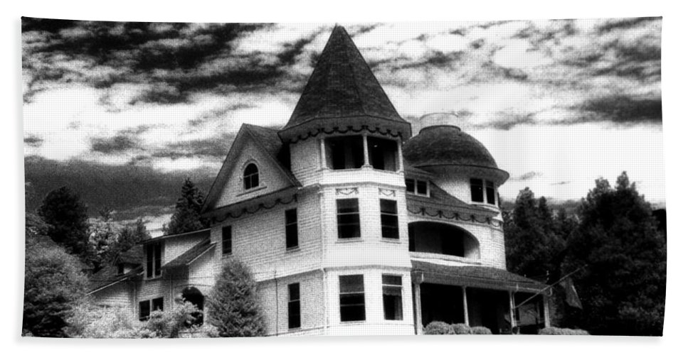 Mackinac Island Michigan Beach Towel featuring the photograph Surreal Black White Mackinac Island Michigan Infrared Victorian Home by Kathy Fornal