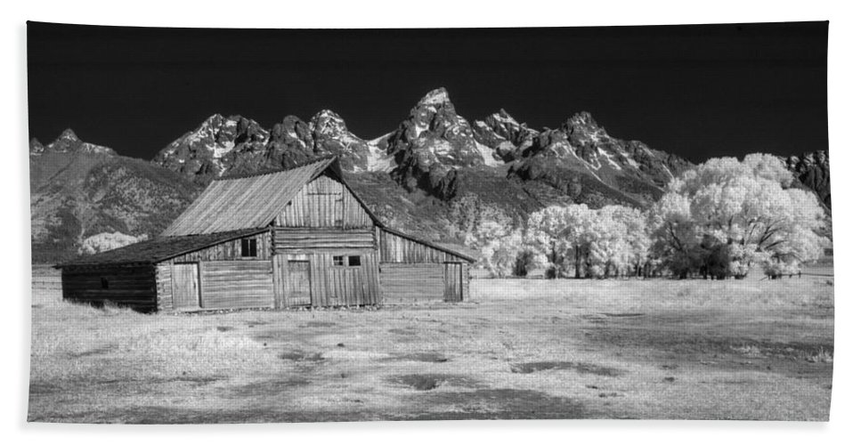 Barn Beach Towel featuring the photograph T A Moulton Barn by Claudia Kuhn