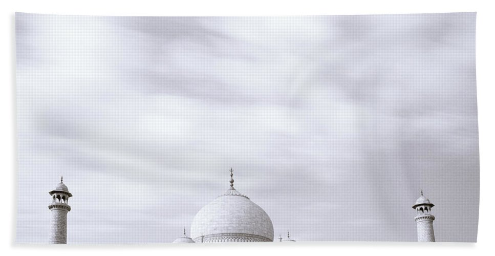 Taj Mahal Beach Towel featuring the photograph Taj Mahal by Shaun Higson