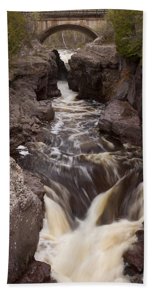 Water Beach Towel featuring the photograph Temperance River Scene 1 by John Brueske