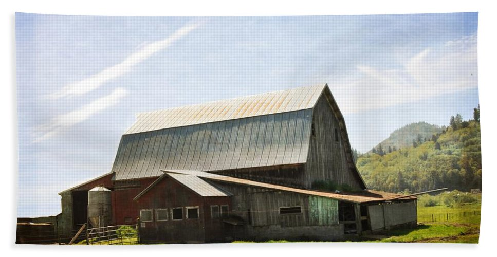Barn Beach Towel featuring the photograph The Barn by Image Takers Photography LLC
