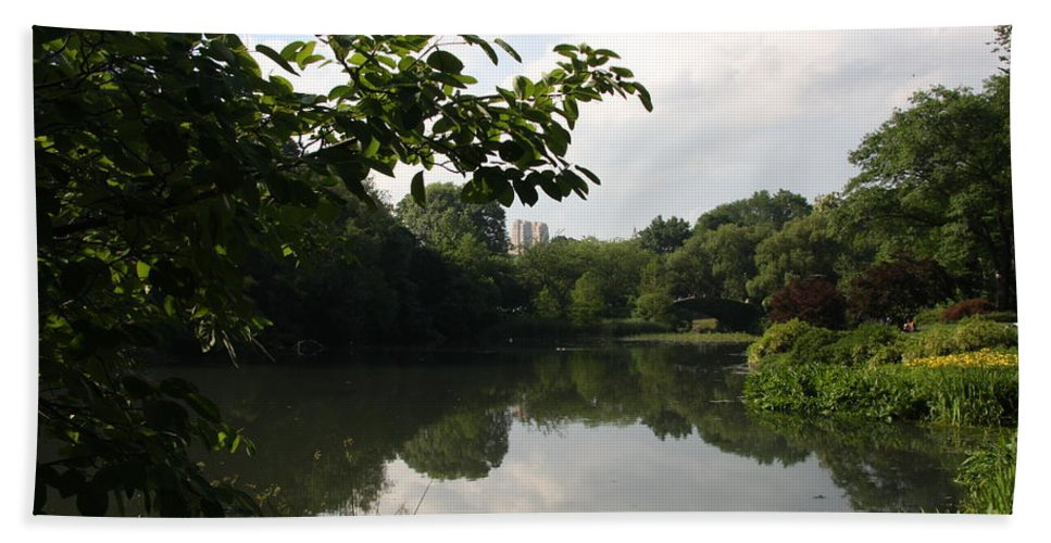 Pond Beach Towel featuring the photograph The Central Park Pond by Christiane Schulze Art And Photography