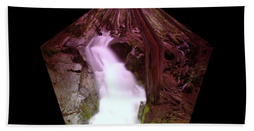 Waterfalls Beach Towel featuring the photograph The End Of Silver Falls by Jeff Swan