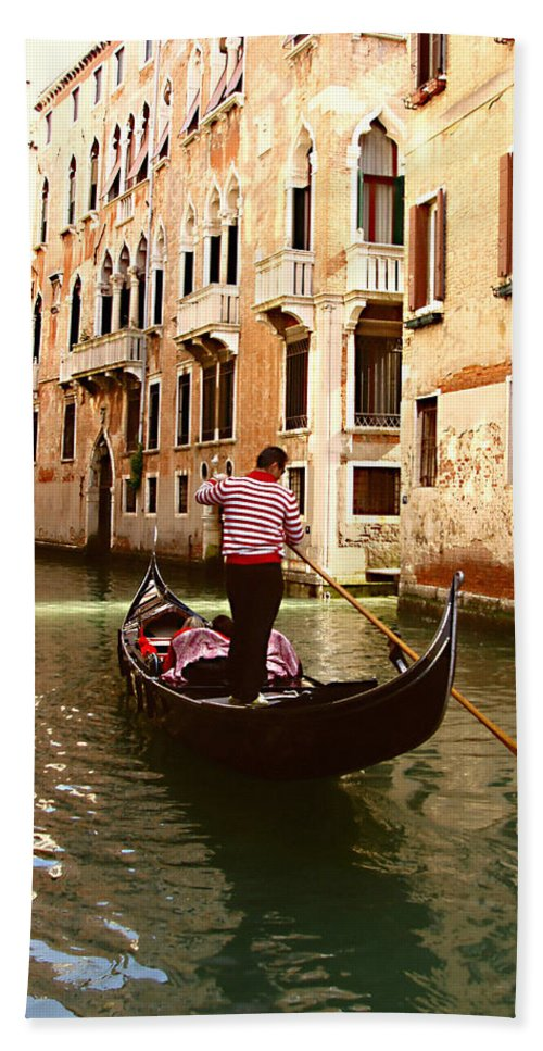 The Gondolier Beach Towel featuring the photograph The Gondolier by Ellen Henneke