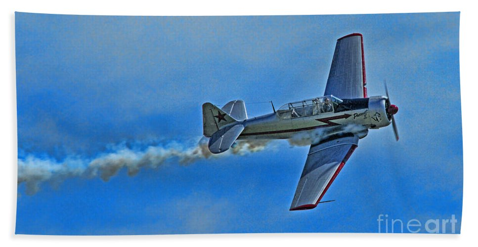 Planes Beach Towel featuring the photograph The Pussycat 2 by Randy Harris