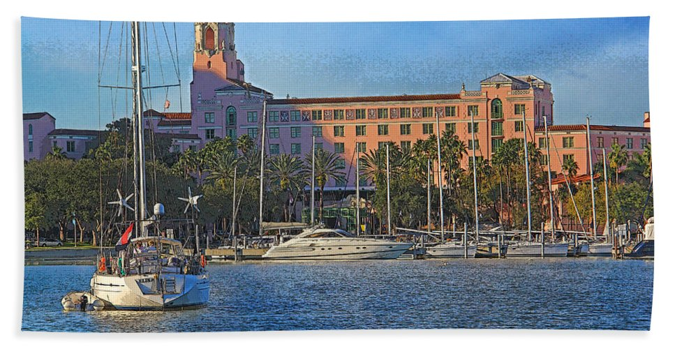 Vinoy Park Hotel Beach Towel featuring the photograph The Vinoy Park Hotel by HH Photography of Florida