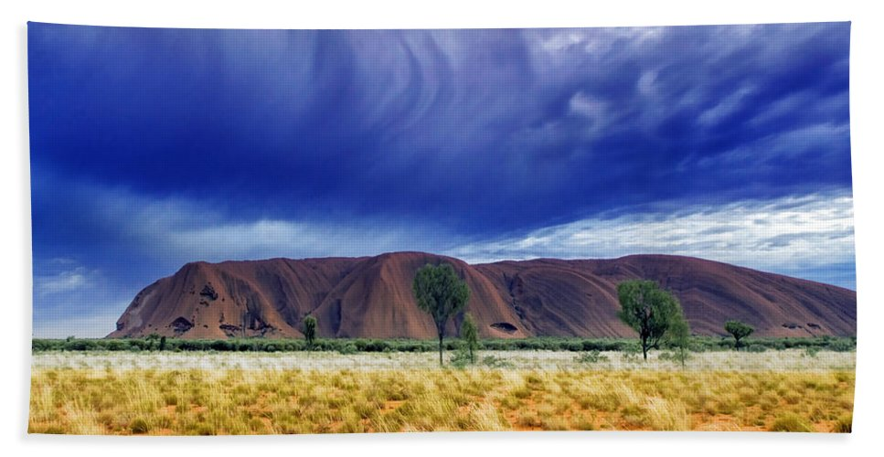 Landscapes Beach Towel featuring the photograph Thunder Rock by Holly Kempe