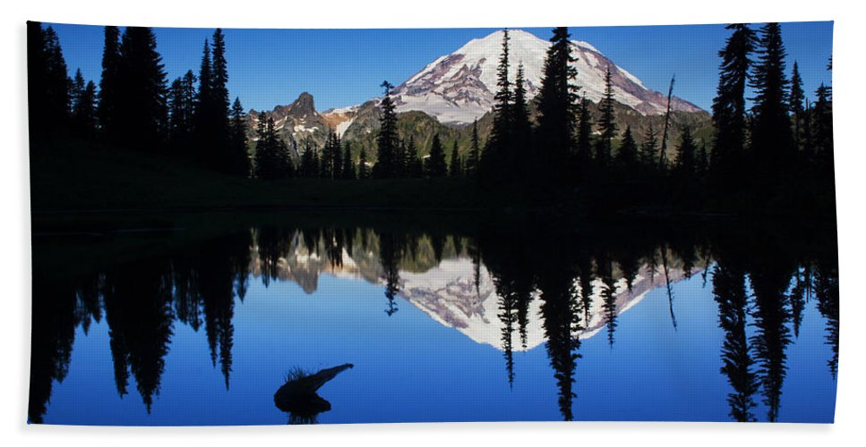 Nature Beach Towel featuring the photograph Tipsoo Sunrise by Mark Kiver