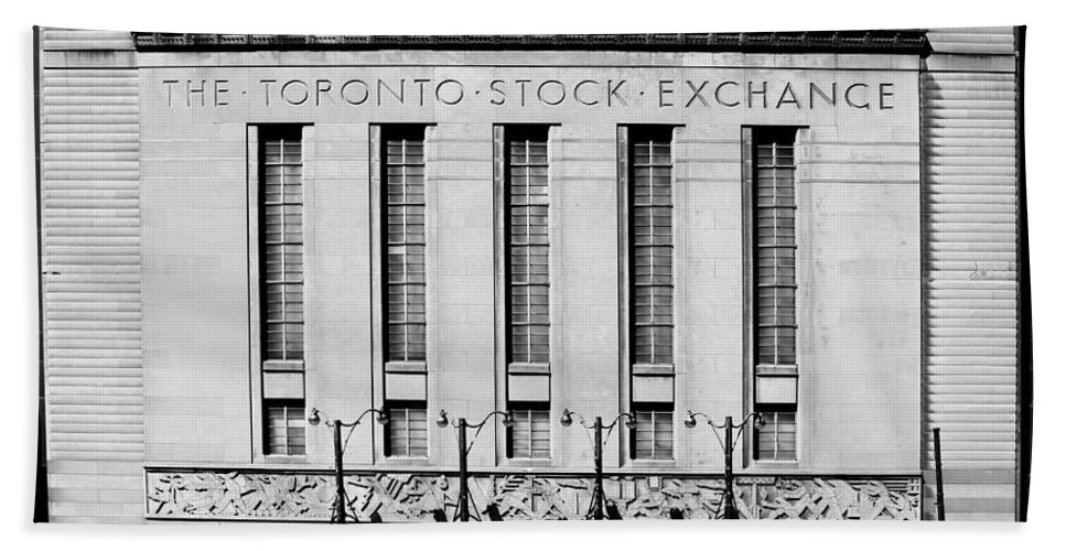 Tsx Beach Towel featuring the photograph Toronto Stock Exchange 1b by Andrew Fare