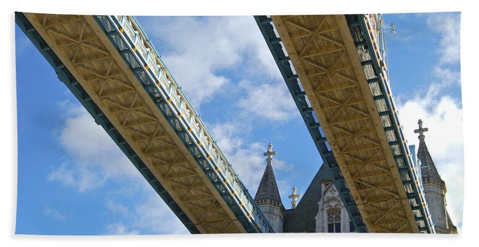 Britain Beach Towel featuring the photograph Tower Bridge by Christi Kraft