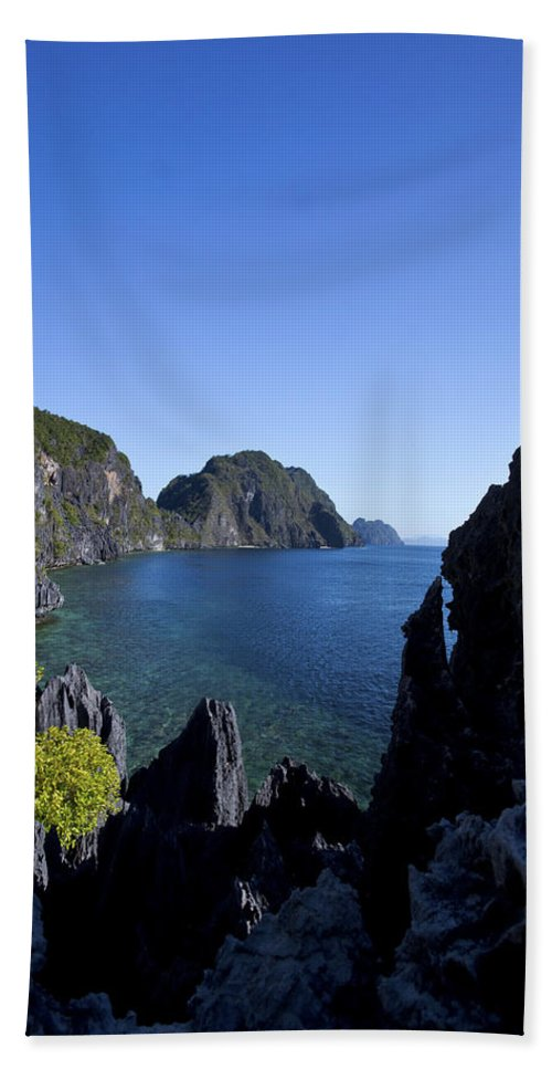 Hills Beach Towel featuring the photograph Tranquil Cove by Darren Burton