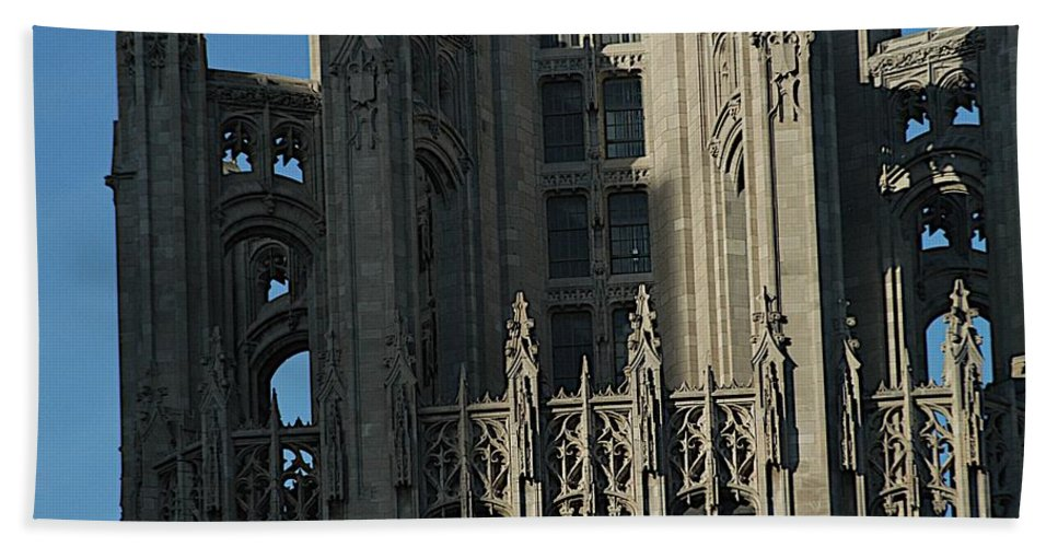 Chicago Beach Towel featuring the photograph Tribune Tower by Joseph Yarbrough