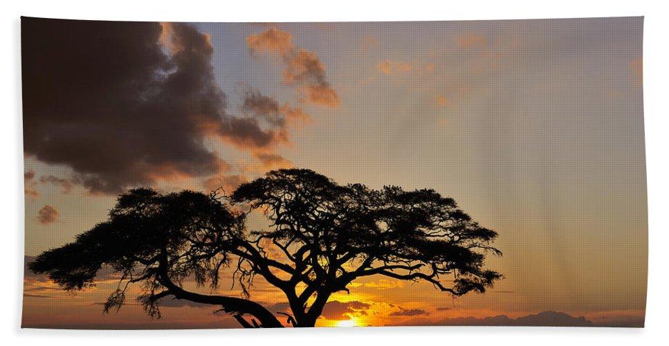 Tsavo East National Park Beach Towel featuring the photograph Tsavo Sunset by Tony Beck