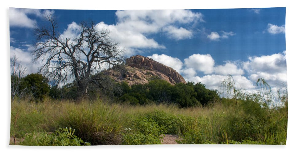 Cutts Nature Photography Beach Towel featuring the photograph Turkey Hill by David Cutts