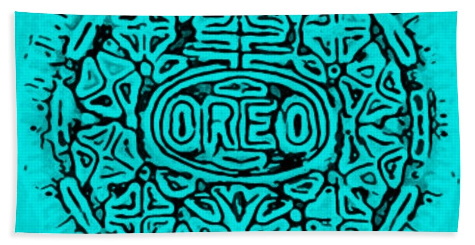 Oreo Beach Towel featuring the photograph Turquoise Oreo by Rob Hans