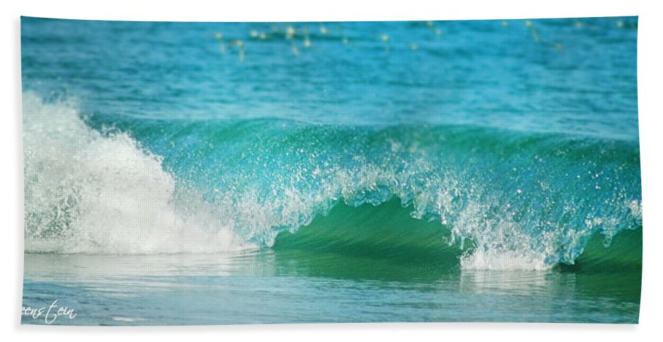 Wave Beach Towel featuring the photograph Turquois Waves by Cindy Greenstein