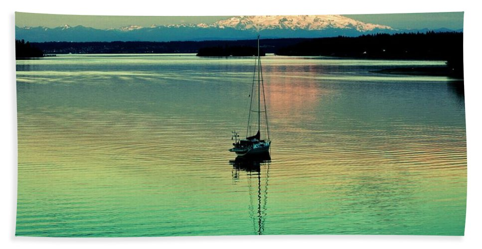 Gig Harbor Beach Towel featuring the photograph Twilight Sail by Benjamin Yeager