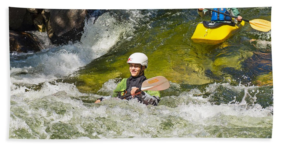 Kayak Beach Towel featuring the photograph Two Kayakers On A Fast River by Les Palenik