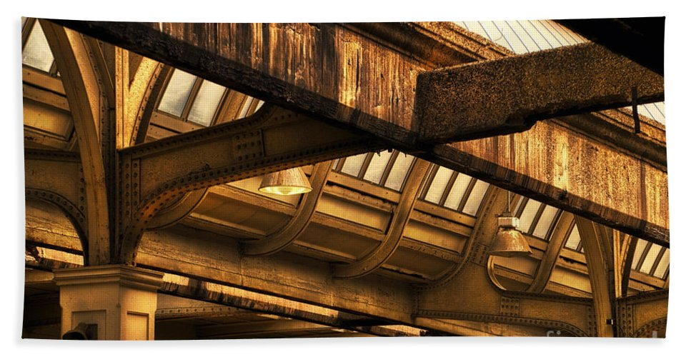 Union Station Beach Towel featuring the photograph Union Station Roof Beams by Thomas Woolworth