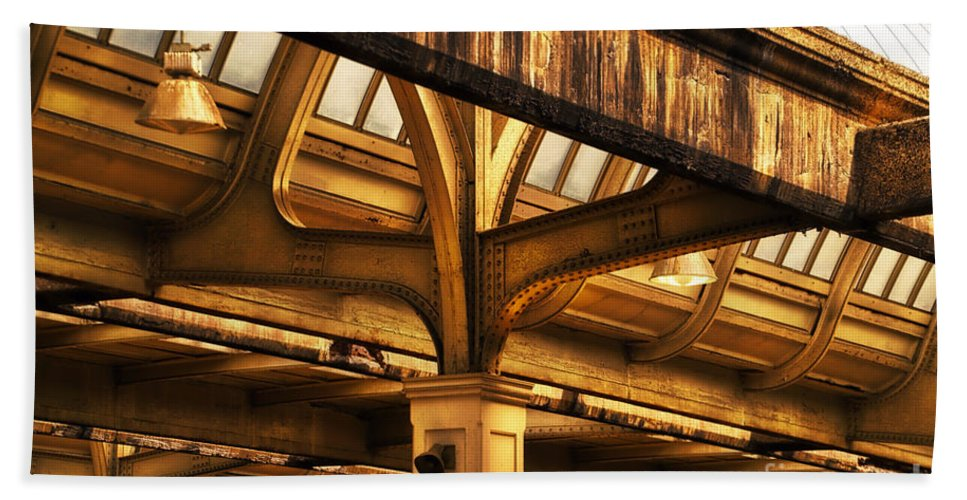 Union Station Beach Towel featuring the photograph Union Station Roof Structure by Thomas Woolworth