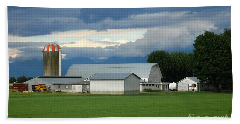 Farm Beach Towel featuring the photograph Verdant Farmland by Ann Horn