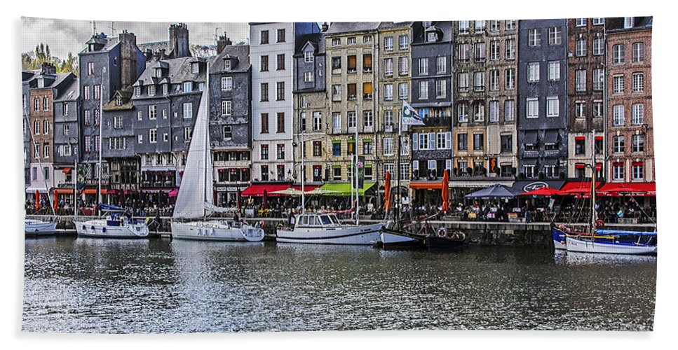 Travel Beach Towel featuring the photograph Vieux Bassin Of Honfleur by Elvis Vaughn