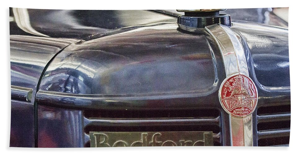 Vintage Bedford Truck Beach Towel featuring the photograph Vintage Bedford Truck by Douglas Barnard