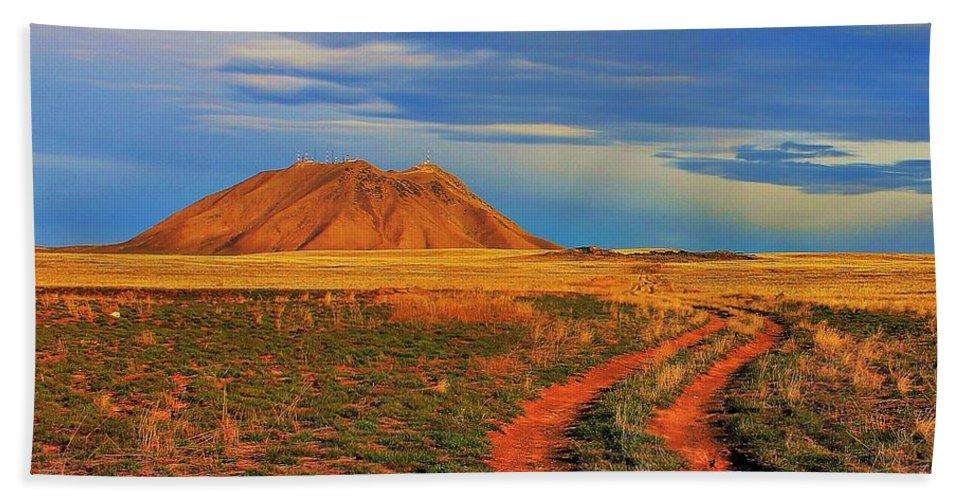 Idaho Beach Towel featuring the photograph Volcano Road by Benjamin Yeager