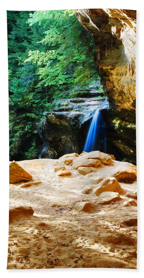 Cliff Beach Towel featuring the photograph Waterfall At Cliff Side by Optical Playground By MP Ray