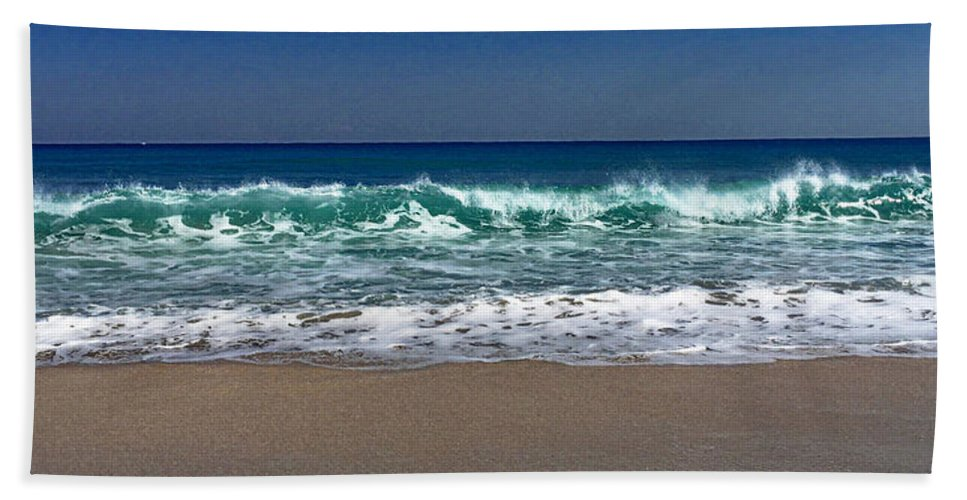 Waves Beach Towel featuring the photograph Waves Of Happiness by Cindy Greenstein