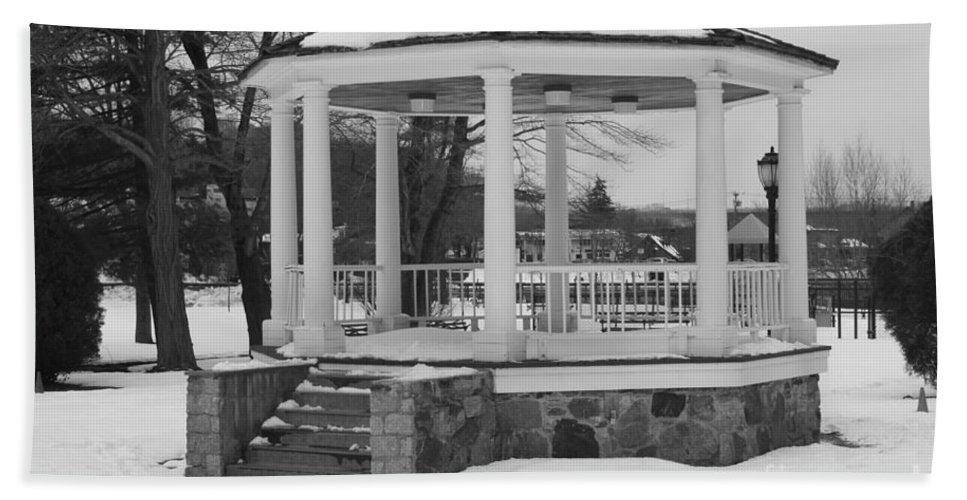Winter Time Gazebo Beach Towel featuring the photograph Winter Time Gazebo by John Telfer