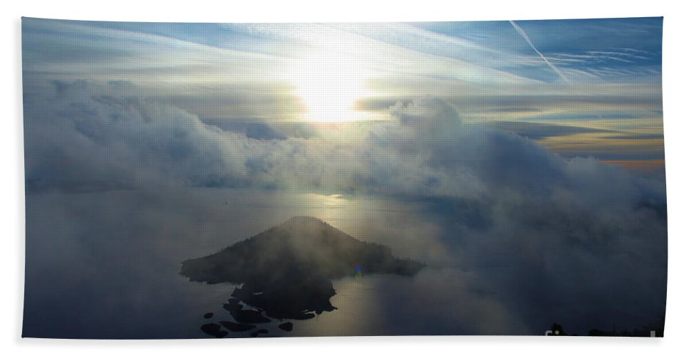Crater Lake National Park Beach Towel featuring the photograph Wizard Sunburst by Adam Jewell