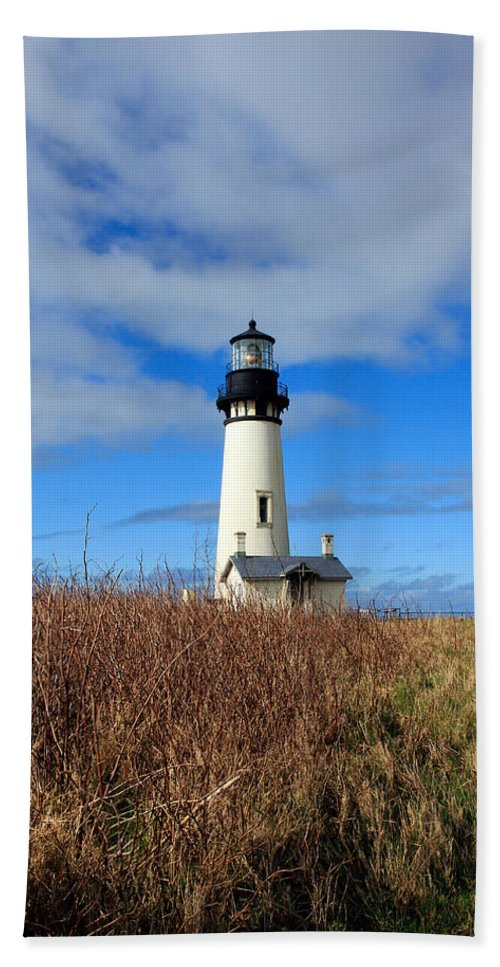 Yaquina Bay Lighthouse Beach Towel featuring the photograph Yaquina Bay Lighthouse In Oregon by Athena Mckinzie