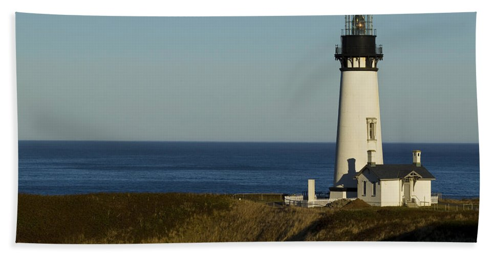 Yaquina Beach Towel featuring the photograph Yaquina Head Lighthouse 4 D by John Brueske