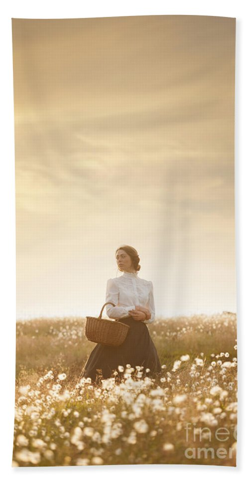 Edwardian Beach Towel featuring the photograph Young Edwardian Woman In A Meadow by Lee Avison