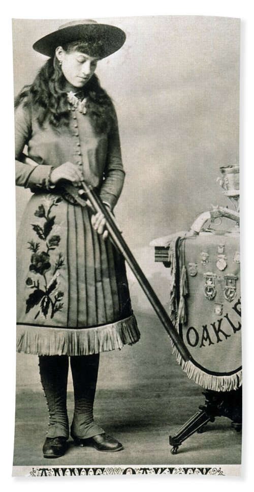 1890 Beach Towel featuring the photograph Annie Oakley (1860-1926) by Granger