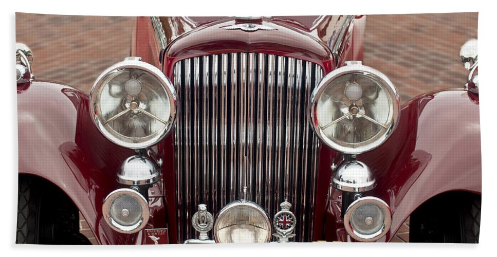 1934 Bentley 3.5 Litre Drophead Coupe Beach Towel featuring the photograph 1934 Bentley 3.5-litre Drophead Coupe Grille by Jill Reger