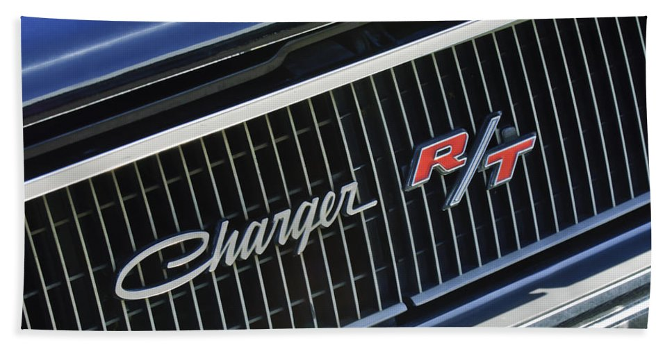 1968 Dodge Charger R/t Coupe 426 Hemi Upgrade Beach Towel featuring the photograph 1968 Dodge Charger Rt Coupe 426 Hemi Upgrade Grille Emblem by Jill Reger