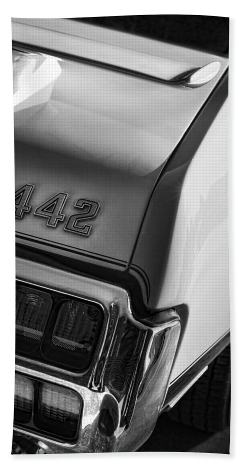 Oldsmobile Beach Towel featuring the photograph 1972 Oldsmobile Cutlass 442 by Gordon Dean II