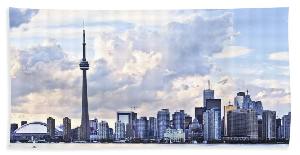 Toronto Beach Towel featuring the photograph Toronto Skyline by Elena Elisseeva