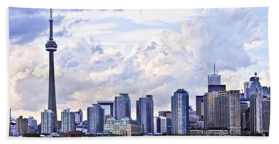 Toronto Beach Towel featuring the photograph Toronto Skyline by Elena Elisseeva