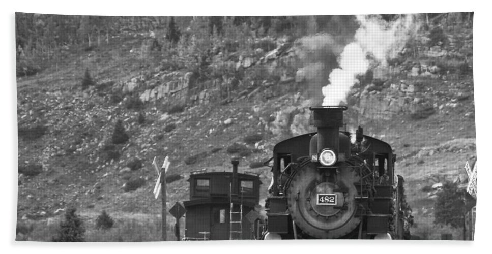 Drgw Beach Towel featuring the photograph 482 In Silverton - Bw by Tim Mulina